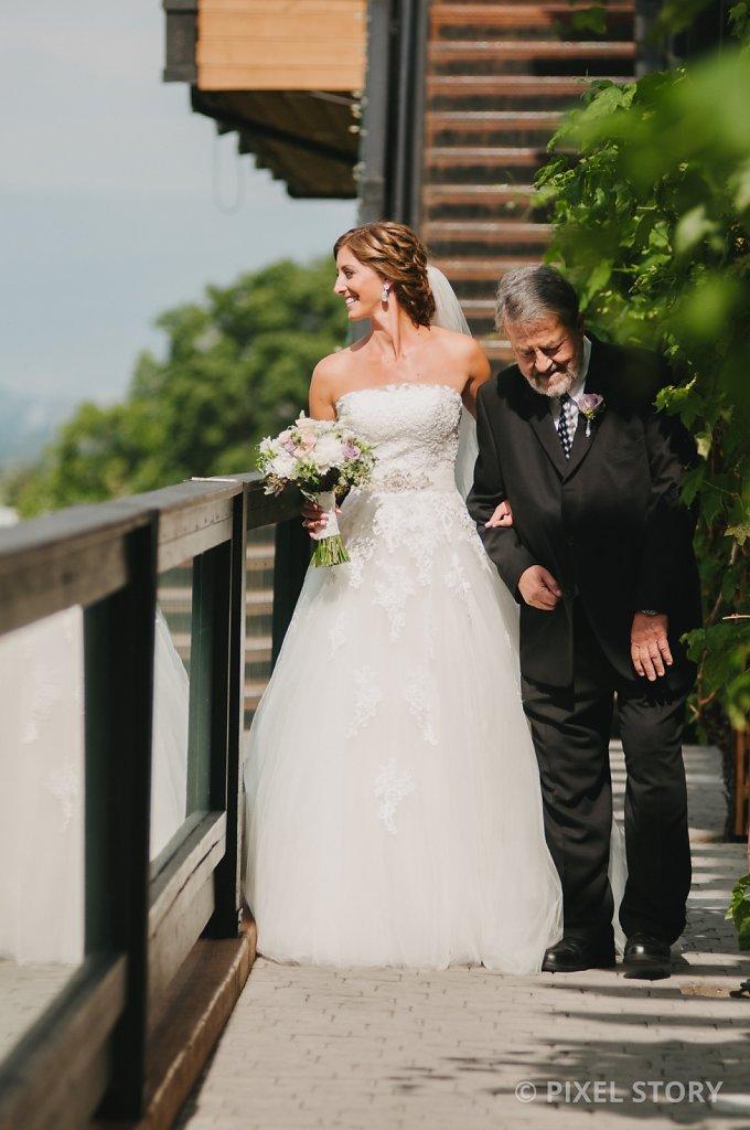 Kelowna Wedding Photographers Summerhill 130824 0373