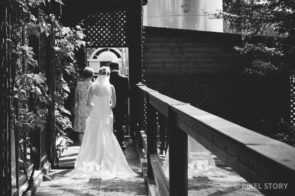 Kelowna Wedding Photographers Summerhill 130809 0264